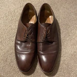Aldo brown leather shoes.